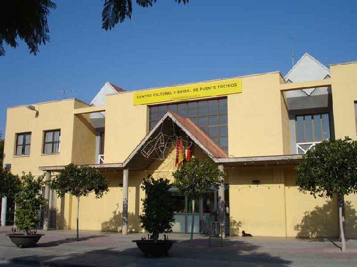 centro cultural puente tocinos